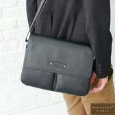 Roberta Colum - 時尚鉚釘軟牛皮多口袋功能側肩背包(小)-黑色