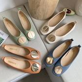 方頭鞋.復古風純色V口金屬圓飾低跟包鞋.白鳥麗子
