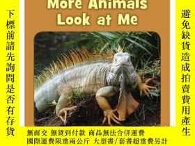 二手書博民逛書店More罕見Animals Look at MeY346464