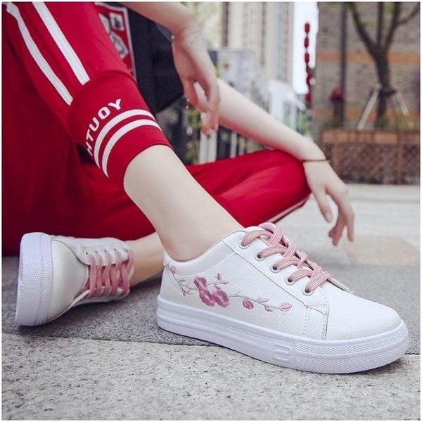 鞋2019學生板鞋春季chic韓版基礎白女皮面小白百搭刺繡鞋子休閒女 小明同學