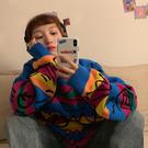 DE SHOP~套頭慵懶風塗鴉情侶款彩虹條紋針織打底衫上衣(HL-2200)