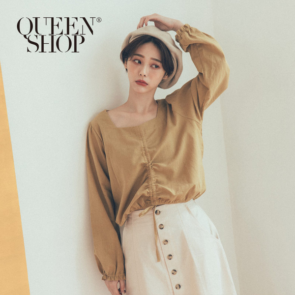 Queen Shop【01096400】抽繩方領寬袖上衣 兩色售*現+預*