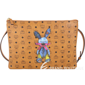 MCM Rabbit 兔子印花圖騰斜背/手拿包(中/棕色) 1810509-B3