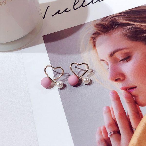 耳環 可愛 珍珠 鏤空 交叉 愛心 輕巧 氣質 耳釘 耳環【DD1811122】 icoca  01/24