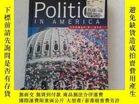 二手書博民逛書店Politics罕見in America 【内页有划线】Y22264 Thomas R. Dye Prenti