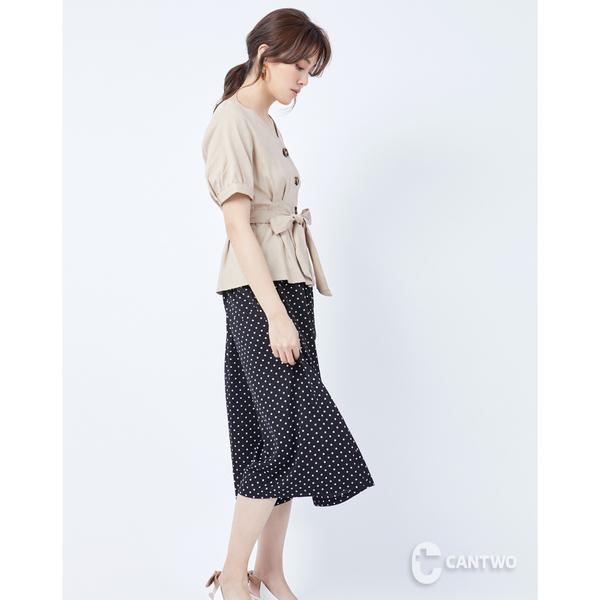 CANTWO腰肩綁帶排釦亞麻上衣-二色-奶茶~春夏新品單一特價