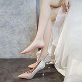 中跟鞋婚鞋女新款春季尖頭亮片婚紗伴娘銀色單鞋水晶新娘細跟高跟鞋 衣間迷你屋