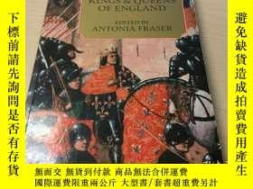 二手書博民逛書店The罕見Lives of the Kings and Quee