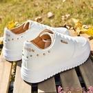 厚底鞋小白鞋女春季百搭爆款2021新款女鞋學生休閒板鞋經典厚底運動白鞋  芊墨 618大促