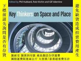 二手書博民逛書店Key罕見Thinkers On Space And PlaceY256260 Valentine, Gill