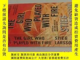 二手書博民逛書店THE罕見GIRL WHO PLAYED WITH FIRE S