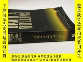 二手書博民逛書店【英文原版小說】The罕見Death TrustY202668