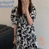 連衣裙女夏季法式復古顯瘦方領寬鬆高腰泡泡袖水墨印花長裙【橘社小鎮】