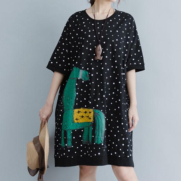 【名模衣櫃】型-文藝星空印花洋裝-黑色-51216(M-2XL可選)