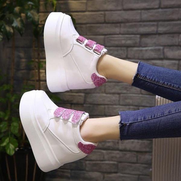 內增高鞋  魔術貼休閒鞋女春新款百搭運動內增高女鞋12cm超高跟坡跟 mc6147『東京衣社』