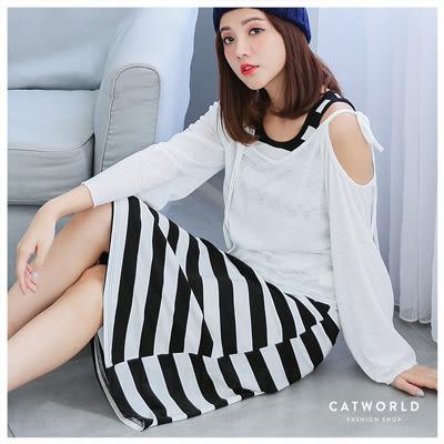 Catworld 正韓空運*露肩綁帶上衣加條紋背心裙兩件組【16004827】‧F