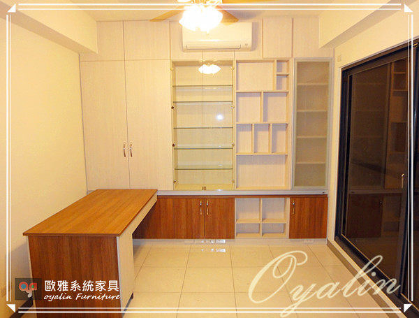 【歐雅系統家具】系統書櫃結合活動書桌
