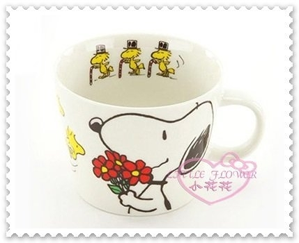 ♥小花花日本精品♥Hello Kitty 史努比Snoopy 馬克杯陶瓷杯茶杯捧花束400ml日本製(預購)