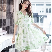 V領翠綠粉嫩彈性腰膝上木耳下擺雪紡洋裝[98990-QF]美之札