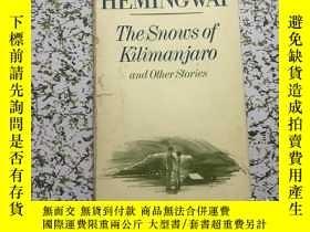 二手書博民逛書店The罕見Snows of Kilimanjaro and ot