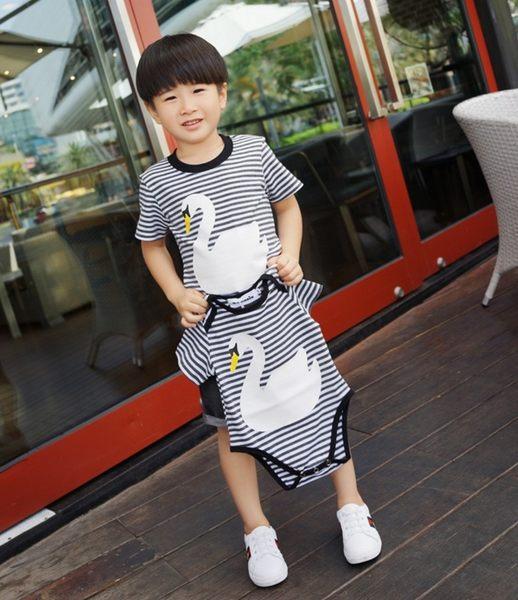 夏季親子裝寶寶款BABY條紋白天鵝短袖哈衣 連身兔裝 包屁衣~EMMA商城