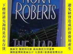 二手書博民逛書店英語原版罕見The Liar by Nora Roberts 著