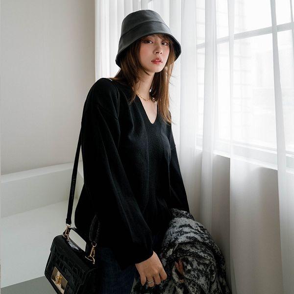 現貨-MIUSTAR Y型坑條紋V領寬袖針織上衣(共6色)【NH3551】預購