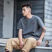 短袖T恤 純色寬鬆貼標潮流短袖男 夏季男士日系潮牌港風復古T恤 2色S-2XL 交換禮物