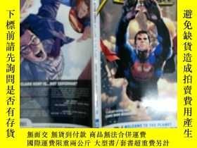 二手書博民逛書店Superman:罕見Action Comics Vol. 2: