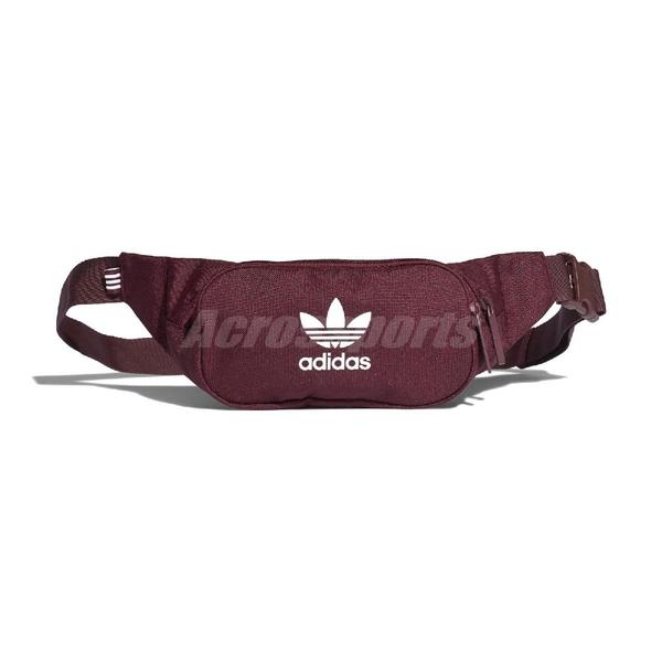 adidas 腰包 Essential Crossbody Bag 紅 白 男女款 小包 【ACS】 DV2402