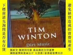 二手書博民逛書店英文原版罕見Dirt Music by Tim Winton 著