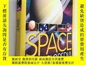 二手書博民逛書店Space罕見Encyclopedia A Tour of Our Solar System and Beyond