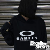 OAKLEY Fa17 360 Po Flc Blackout  黑 白Logo 內刷毛 長袖帽T (布魯克林) 2017/10月 46153702E