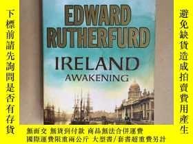 二手書博民逛書店Ireland:罕見Awakening(16開一厚冊)Y1714