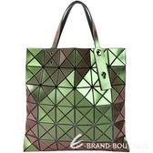 ISSEY MIYAKE 三宅一生 BAOBAO 6x6 霓光變色幾何手提包(金屬綠) 1830255-90