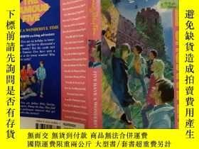 二手書博民逛書店FIVE罕見HAVE A WONDERFUL TIME:五個玩得很開心.Y200392