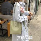 水桶包女2019新款韓版簡約百搭大容量單肩包斜跨包包休閒子母包潮『艾麗花園』