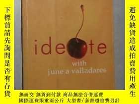 二手書博民逛書店英文原版罕見Ideate with June A Vallada