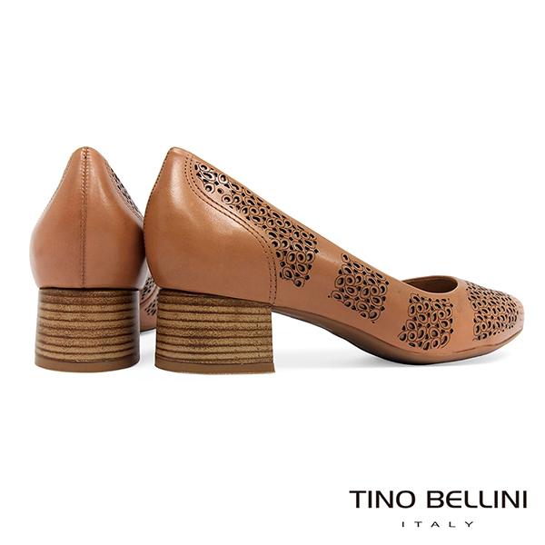 Tino Bellini巴西進口典雅雕花舒足中跟鞋_駝 TF8519 歐洲進口款