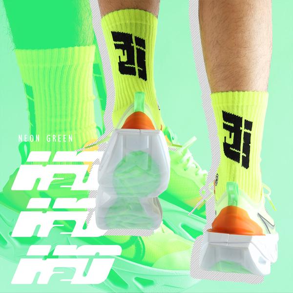 HOWDE LAB 螢光世代 螢光綠 黑LOGO 中高筒襪 男女 19FW01YL