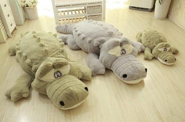 【60公分】毛絨絨鱷魚抱枕 男朋友娃娃 睡覺玩偶 絨毛娃娃 聖誕禮物交換禮物 告白 生日禮物