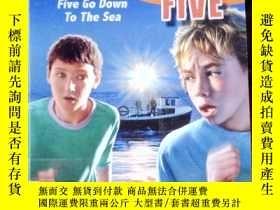 二手書博民逛書店Five罕見Go Down To The Sea: Book 1