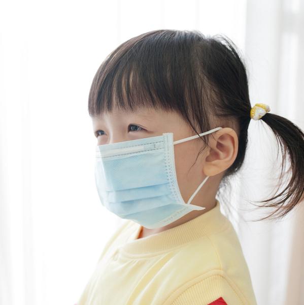Qmishop 日韓素面純色兒童平面防塵/保護喉嚨口罩10入【QJ872】