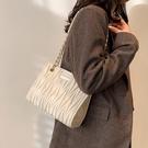 鍊條包 包包女2020新款潮2021法國小眾設計高級感質感百搭時尚鍊條斜挎包 歐歐