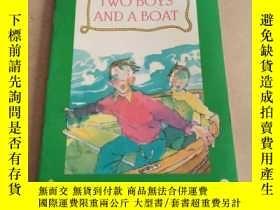 二手書博民逛書店Two罕見Boys and a Boat (English To