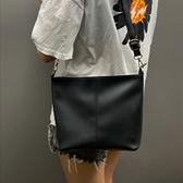 水桶包 法國質感流行包包女新款潮時尚單肩包百搭ins網紅斜挎包水桶【快速出貨八折搶購】