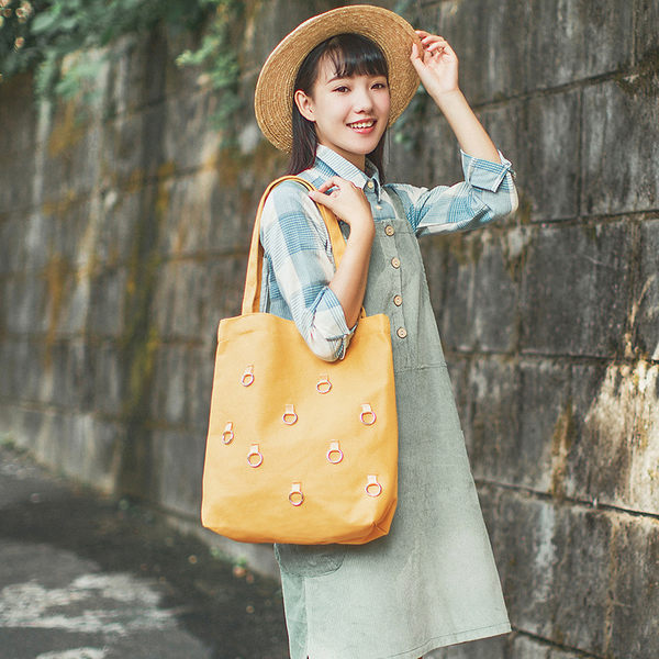 側肩背包 時尚個性帆布包 韓版手提托特包 《小師妹》f919