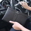 軟皮信封包男士手機包 簡約潮流時尚夾包手抓包 商務手拿包大容量手包 休閒男生包包韓版手拿包