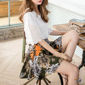 OB嚴選《BA3155-》高含棉滿版印花後腰圍鬆緊下襬打褶側拉鍊短版褲裙.2色--適 S~XL