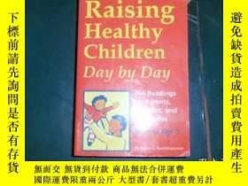 二手書博民逛書店英文原版:Raising罕見healthy children d